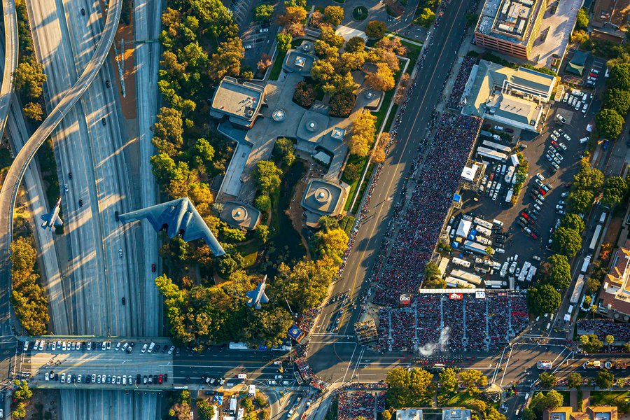 Press image of the 2018 Rose Parade Flyover with a B-2 Spirit and two F-35 Lightning IIs