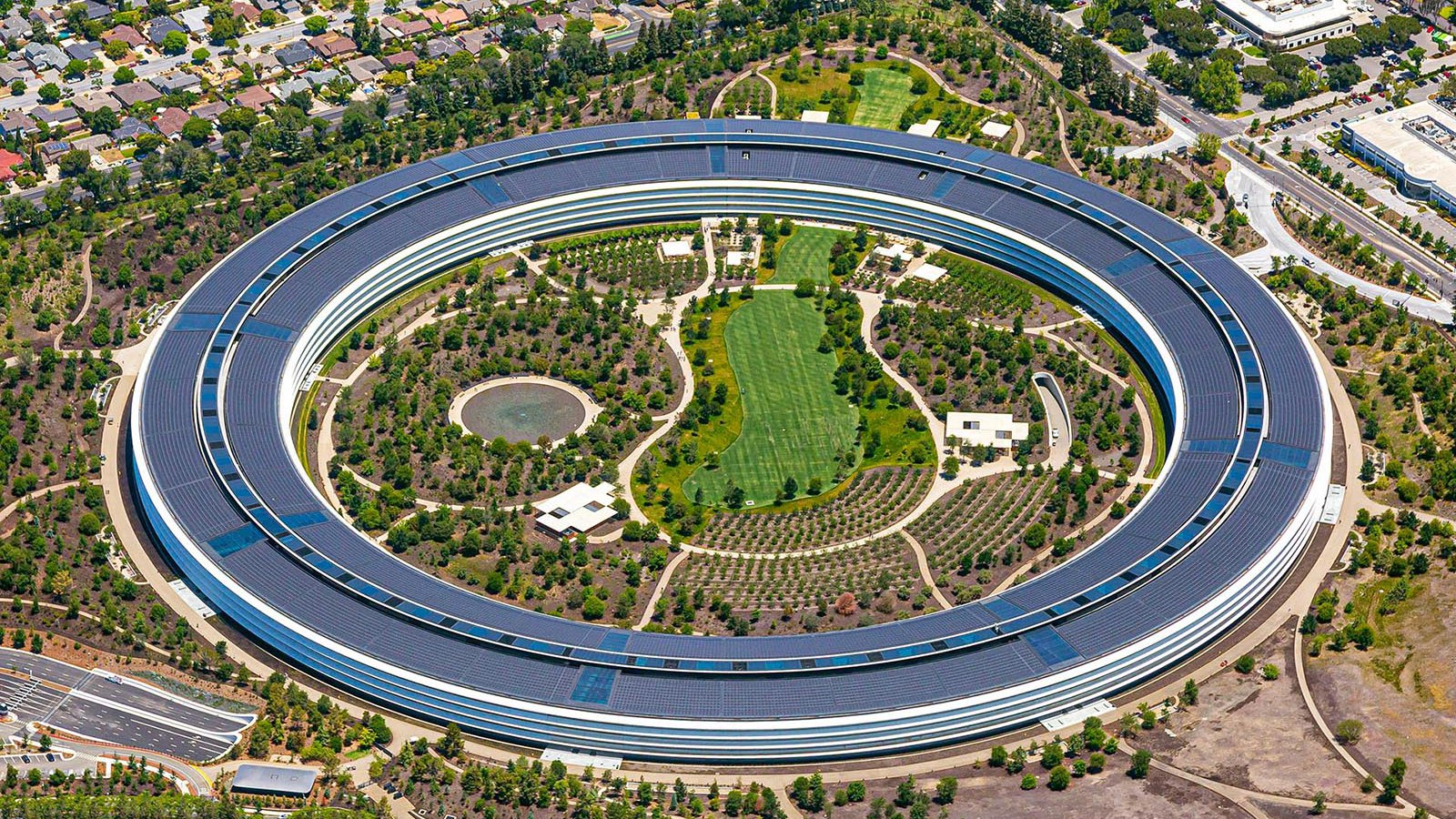 Commercial real estate photo of Apple Park (Apple Headquarters) in Cupertino, California