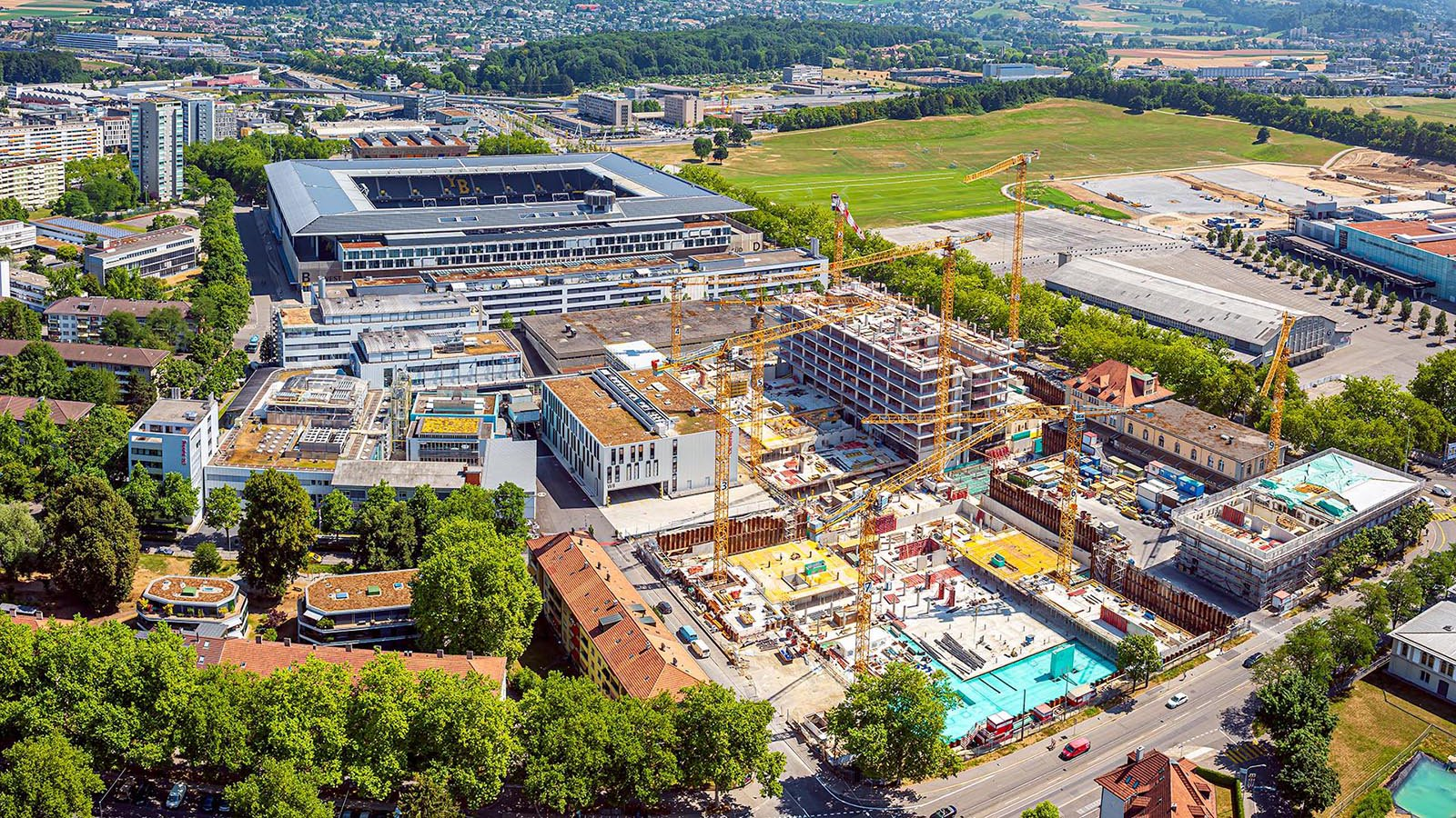 Services aerial photograph of a construction project in Frankfurt, Germany